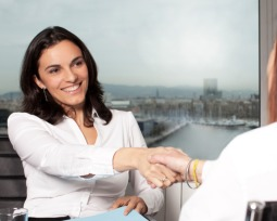 7 coisas que deve dizer obrigatoriamente na entrevista de emprego