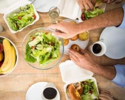 7 Razões para almoçar com os colegas de trabalho