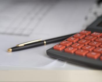 Como calcular a renda bruta para quem trabalha pelo regime CLT?