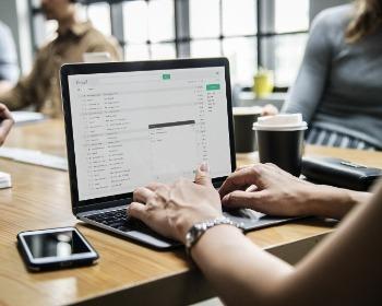Veja como enviar um currículo por e-mail em 6 passos