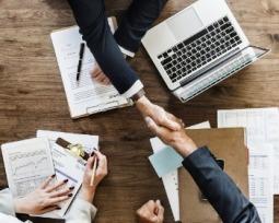 4 passos para montar um negócio com pouco dinheiro