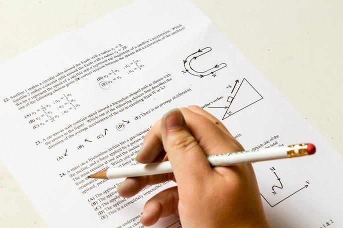 A realização de testes práticos é uma ótima forma de avaliar os conhecimentos adquiridos