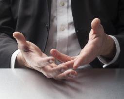A linguagem corporal a usar numa entrevista de emprego