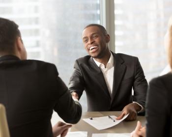 Porque devemos te contratar: como responder