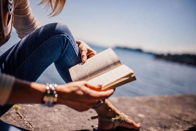 Através da leitura é possível ampliar seus horizontes