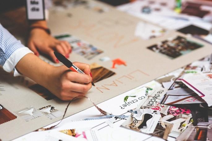 Desenhar diagramas e imagens, cria associações que ajudam a reter a informação